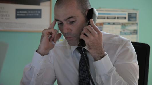 Conseiller Funéraire au téléphone
